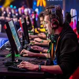 5 Reasons to Treat Esports More Seriously